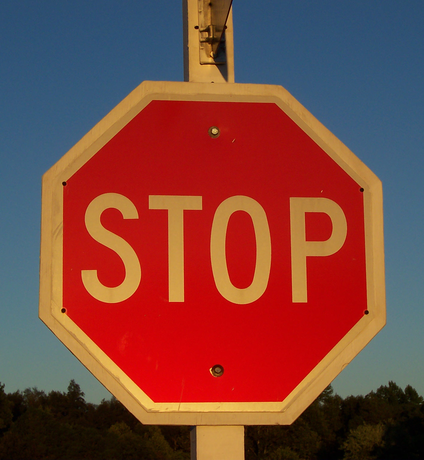Stop_sign_at_sunset